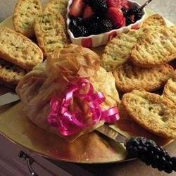 Baked Brie in Phyllo with Mango Chutney recipe