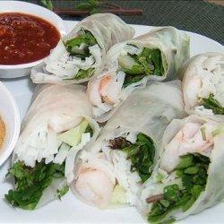 Shrimp Summer Rolls With Peanut Dipping Sauce recipe