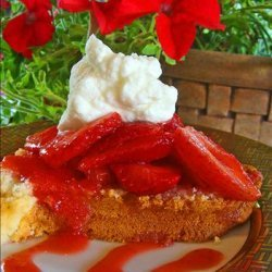 Cream Cheese Pound Cake With Strawberries and Cream recipe