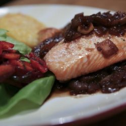 Salmon With Caramelized Onion and Fig Sauce recipe