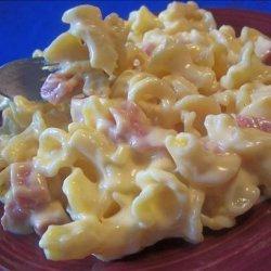 Iron Mike's White Sharp Cheddar N' Ham Macaroni and Cheese recipe