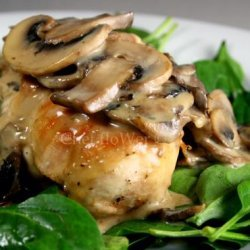 Chicken Breast With White Wine and Mushroom Cream Sauce recipe