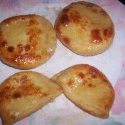 Homemade Potato and Cheese Pierogies /  Old Fashioned Perogies recipe