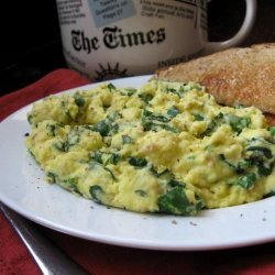 Almost Green Scrambled eggs with Spinach recipe