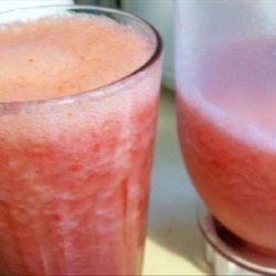 Diet Ginger Ale Strawberry Frappe recipe