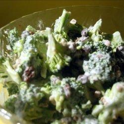 Broccoli Grape Spring Salad recipe