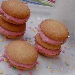 Strawberry & Cream Cheese Sandwich Cookies recipe