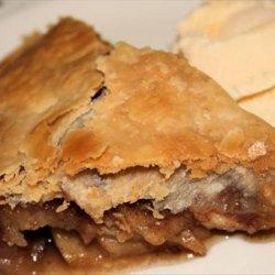 Caramel Pecan Apple Pie recipe