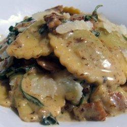 Creamy Spinach, Bacon and Sun-Dried Tomato Sauce for Pasta recipe
