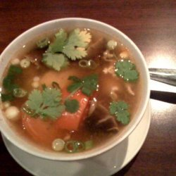 Tom Yum Gai (Thai Hot & Sour Chicken Soup) recipe