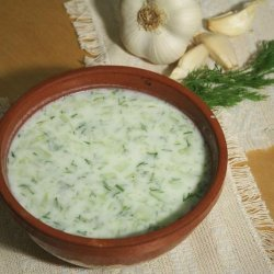 Tarator - Bulgarian Cold Cucumber Soup recipe