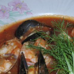 Cioppino (Seafood Soup) With Fennel and Garlic recipe