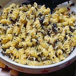 Super Easy Pesto Pasta Salad recipe