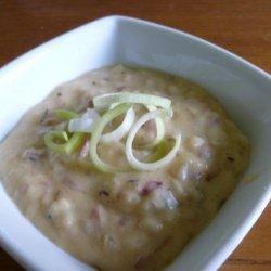 Emeril Lagasse's Potato, Onion & Roquefort Soup recipe