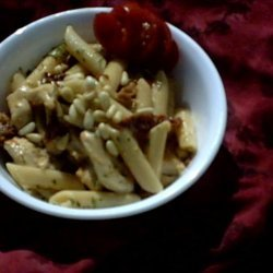 Penne With Chicken, Sun-Dried Tomatoes and Pine Nuts recipe