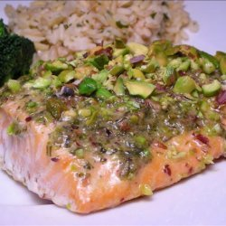 Salmon Fillets With Pesto and Pistachios recipe