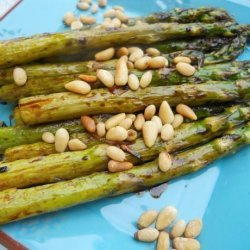 Roasted Asparagus With Pine Nuts recipe
