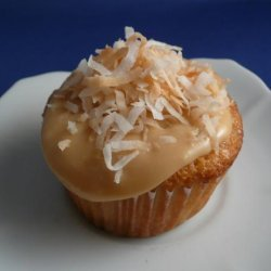 Tres Leches Coconut Cupcakes With Dulce De Leche Buttercream recipe