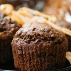 Cocoa Applesauce-Raisin Muffins recipe