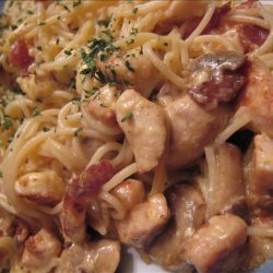 Chicken Pasta With Sour Cream and Cheese Sauce (Zwt3 Western) recipe