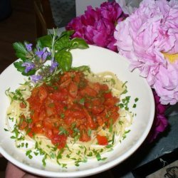 Pasta in Chorizo & Tomato Sauce (Spanish Pasta Dish) recipe