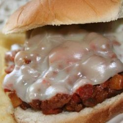 Hot Sandwich With Meat and Mushroom Sauce recipe