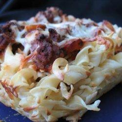 Beef 'n Noodle Casserole recipe