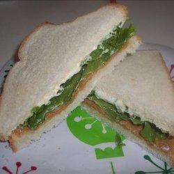 Peanut Butter, Lettuce and Mayo Sandwich recipe