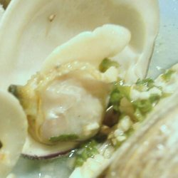 Grilled Clams With Garlicky White Wine Sauce recipe