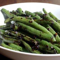Spicy Garlic Green Beans recipe