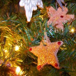 Spiced Applesauce Ornaments I (Non-Edible) Ingredients recipe
