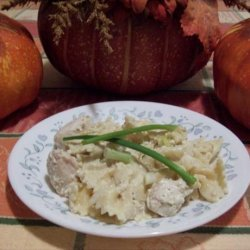 Bird's Chicken and Bow Ties in Cheese Sauce recipe