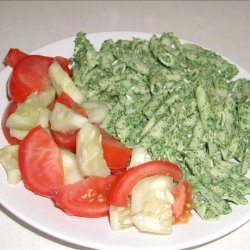 Pasta With Creamy Spinach Sauce recipe