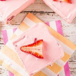 Strawberry Cheesecake Bars recipe