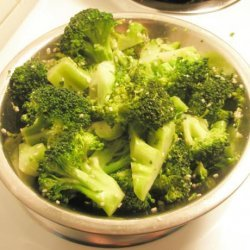 Broccoli With Sesame Seeds and Scallions recipe