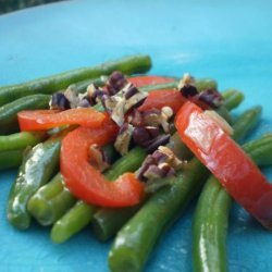 Savory Braised Green Beans With Red Bell Pepper and Walnuts recipe