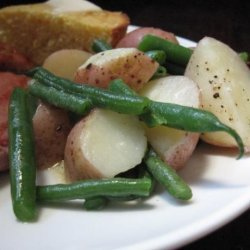 Baby Potatoes and Green Beans (Meatless) recipe