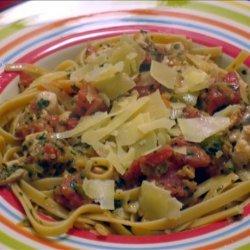 Spaghetti With Chicken Bolognese Sauce recipe