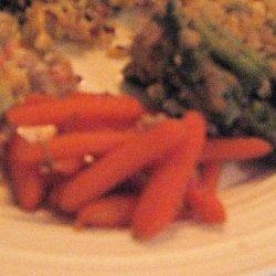 Maple Whiskey Glazed Carrots recipe