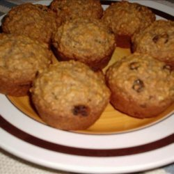 Healthy Oatmeal Raisin Muffins recipe
