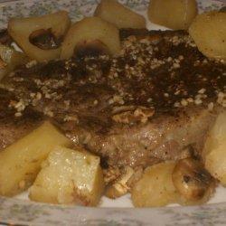 Beef Rib-Eye Roast With Potatoes, Mushrooms and Pan Gravy recipe
