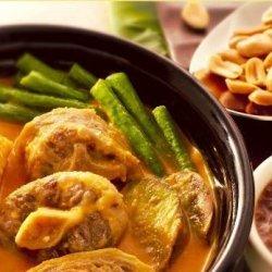 KARI-KARE (Meat and Vegetable Stew in Peanut Sauce) recipe