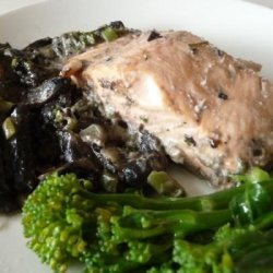 Baked Salmon With Mushroom Sauce recipe