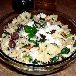 Pasta With Spinach, Feta and Olives recipe