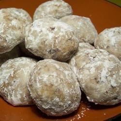 Snowy Pecan Cookies recipe