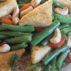 Laquered Tofu Triangles With Green Beans and Cashews recipe