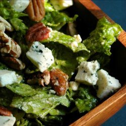 Romaine Salad With Pecan and Blue Cheese Dressing recipe