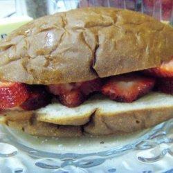 Fresh Strawberry Sandwich recipe