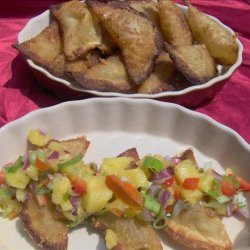 Green Chile Wontons With Pineapple Salsa recipe