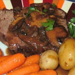 Roast Fillet of Beef with Mushroom-Tarragon Sauce recipe